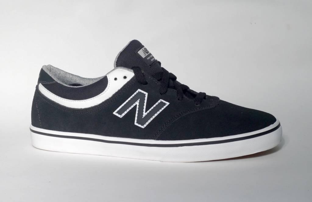 New Balance Numeric New Balance Numeric Quincy 254 - Black/White (size 9.5 or 10)