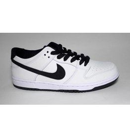 Nike SB Nike sb Dunk Low Pro IW - White/Black-White (size 6, 7, 8 or 13)