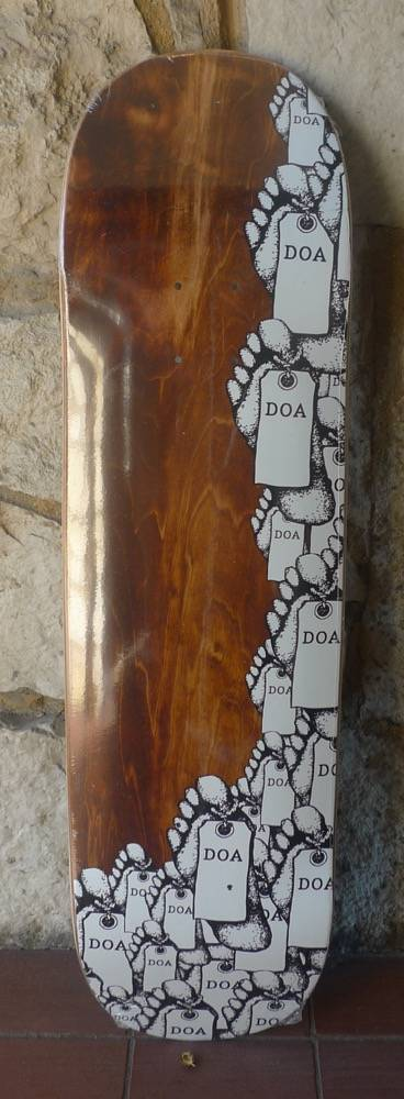 Dead On Arrival D.O.A. Toe Tag Deck - 8.5 (Y2Kave)