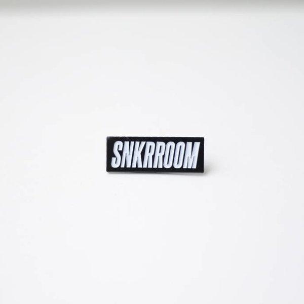 SNKRROOM SNKRROOM BLK/WHITE PIN
