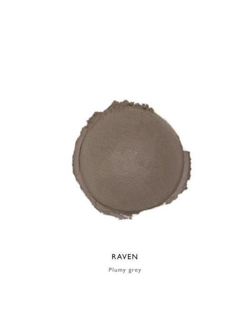 Alima Pure Alima Pure Satin Matte Eyeshadow Raven (Deep smoky brown)