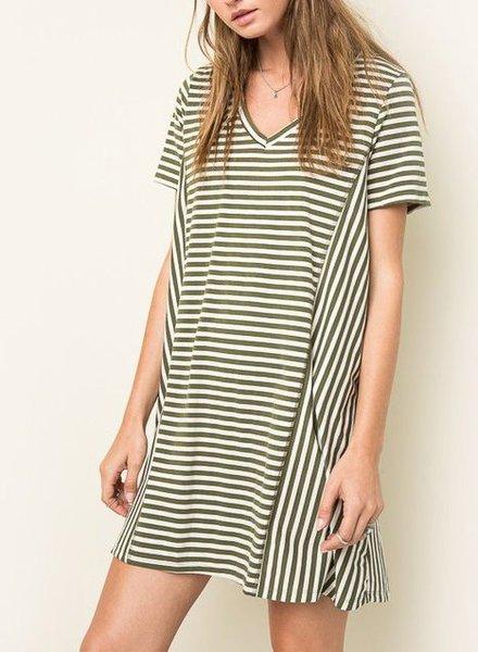 STRIPED V-NECK T-SHIRT DRESS OLIVE