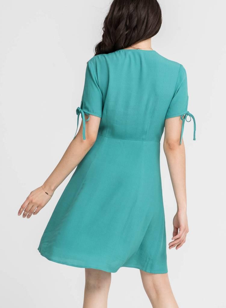 SCALLOP DETAIL DRESS