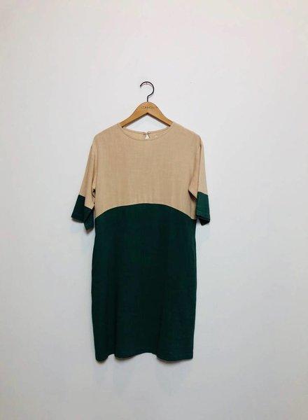 COLORBLOCK DRESS NAT/GREEN