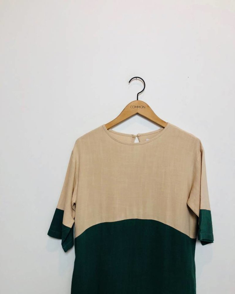 COLORBLOCK DRESS NAT/GREEN