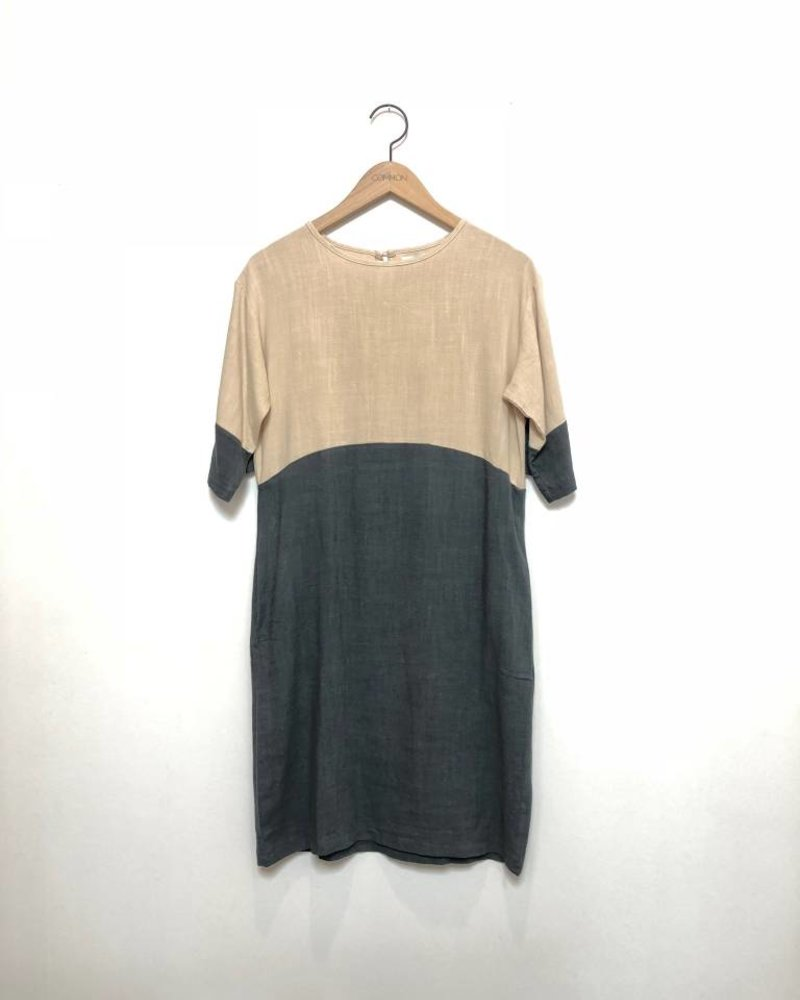 COLORBLOCK DRESS NAT/GREY
