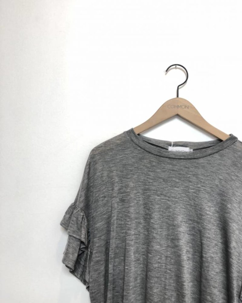 RAINA RUFFLE TEE HEATHER GREY