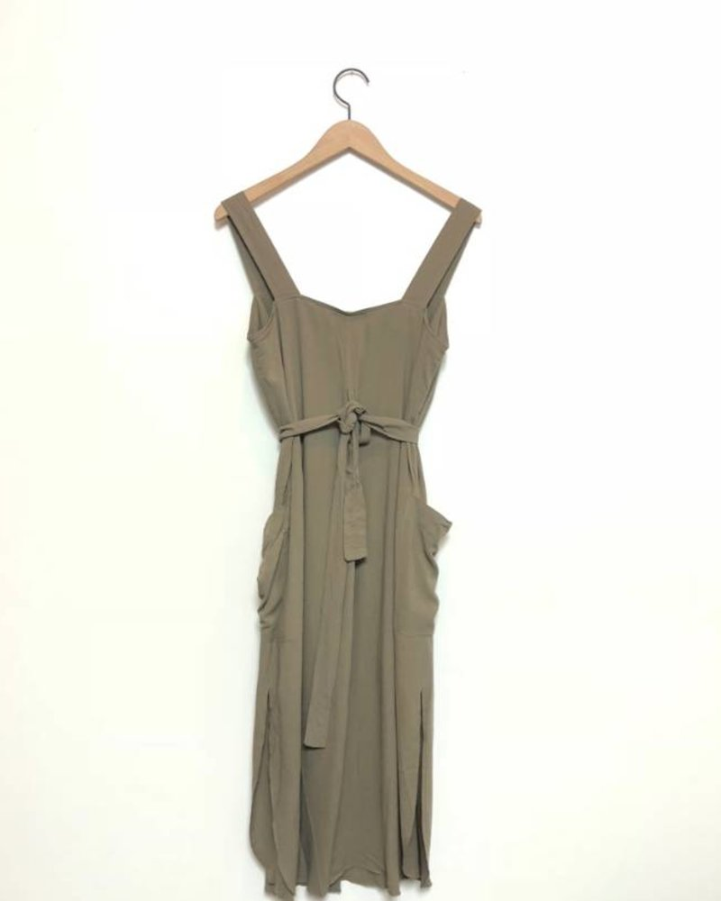SEVILLA BUTTON DRESS OLIVE