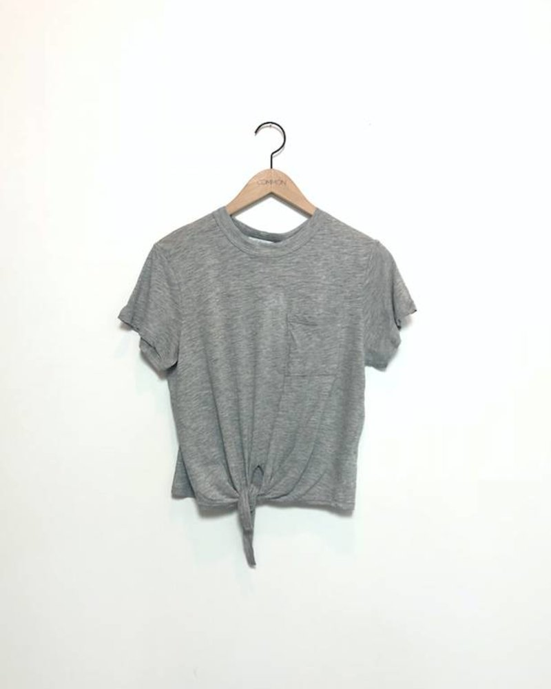 KIRA KNOTTED TEE WITH POCKET GREY