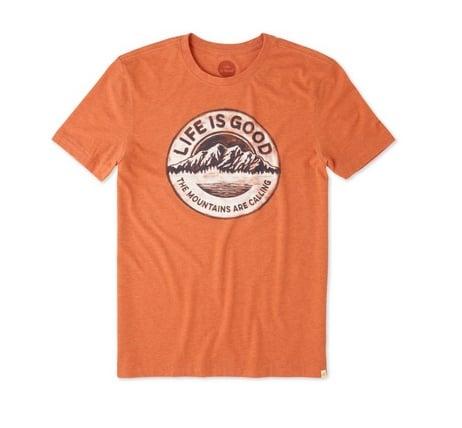 Life is Good M's Cool Tee Mountains Calling, Deep Orange