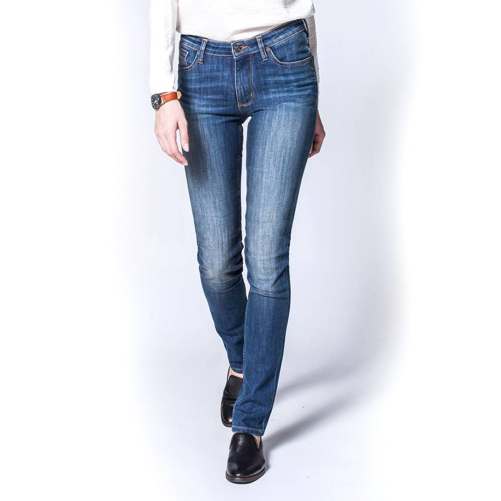 Dish and Duer Women's Performance Denim Straight and Narrow, Kinney