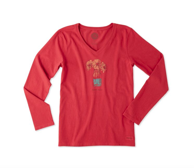 Life is Good W Crusher Vee L/S Half Full Daisy, CLay Red