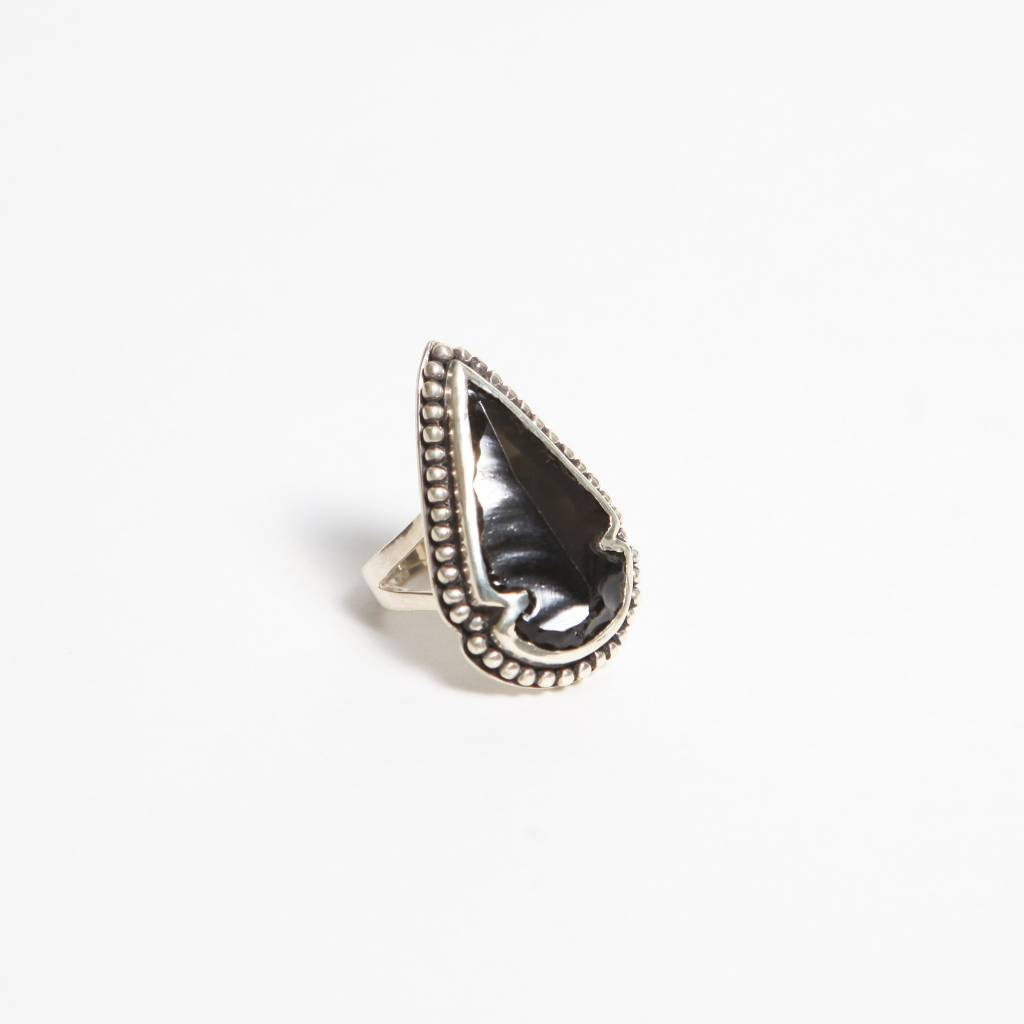 Pamela Love Small Arrowhead Ring, Size 6
