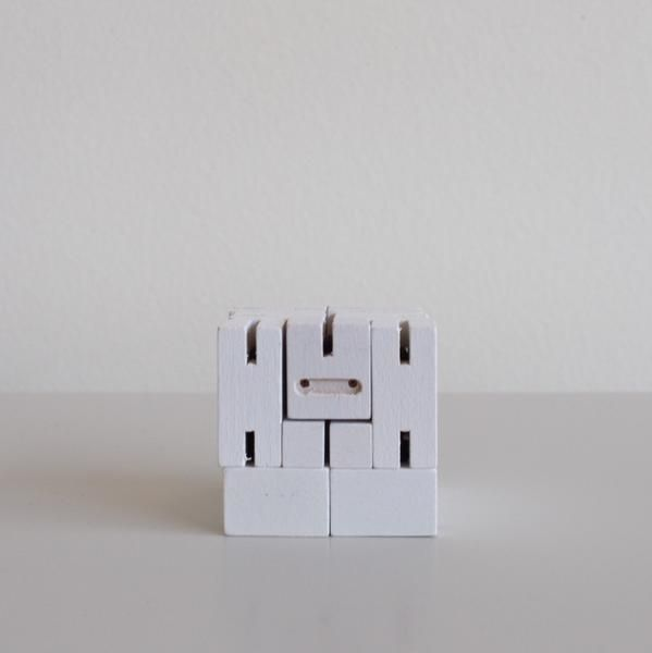 Areaware Cubebot Micro, White