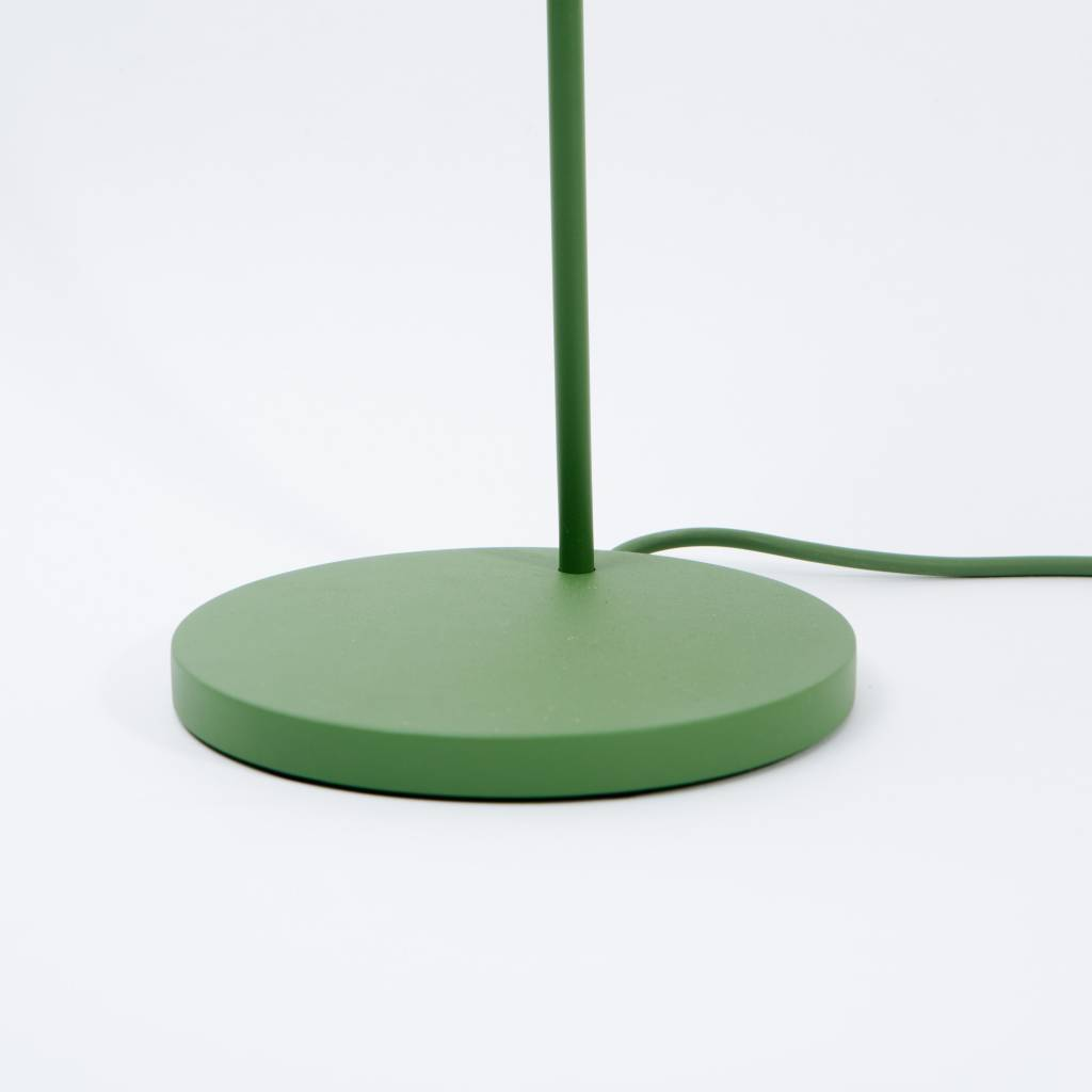 Leaf table lamp wilder muuto leaf table lamp aloadofball Image collections