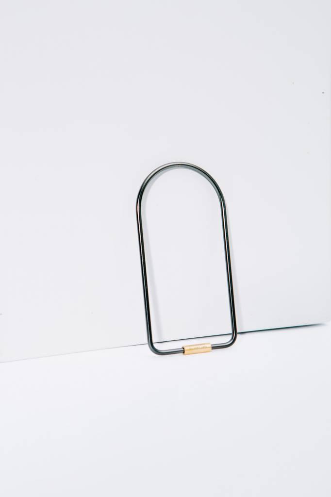 Areaware Contour Key Ring Black, Bend