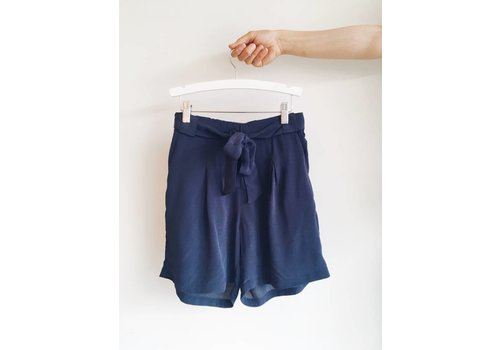 SOAKED IN LUXURY *DERNIÈRE CHANCE* SHORT LEIGH MARINE- SMALL