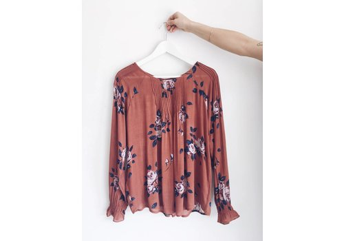 GENTLE FAWN BLOUSE NADIA
