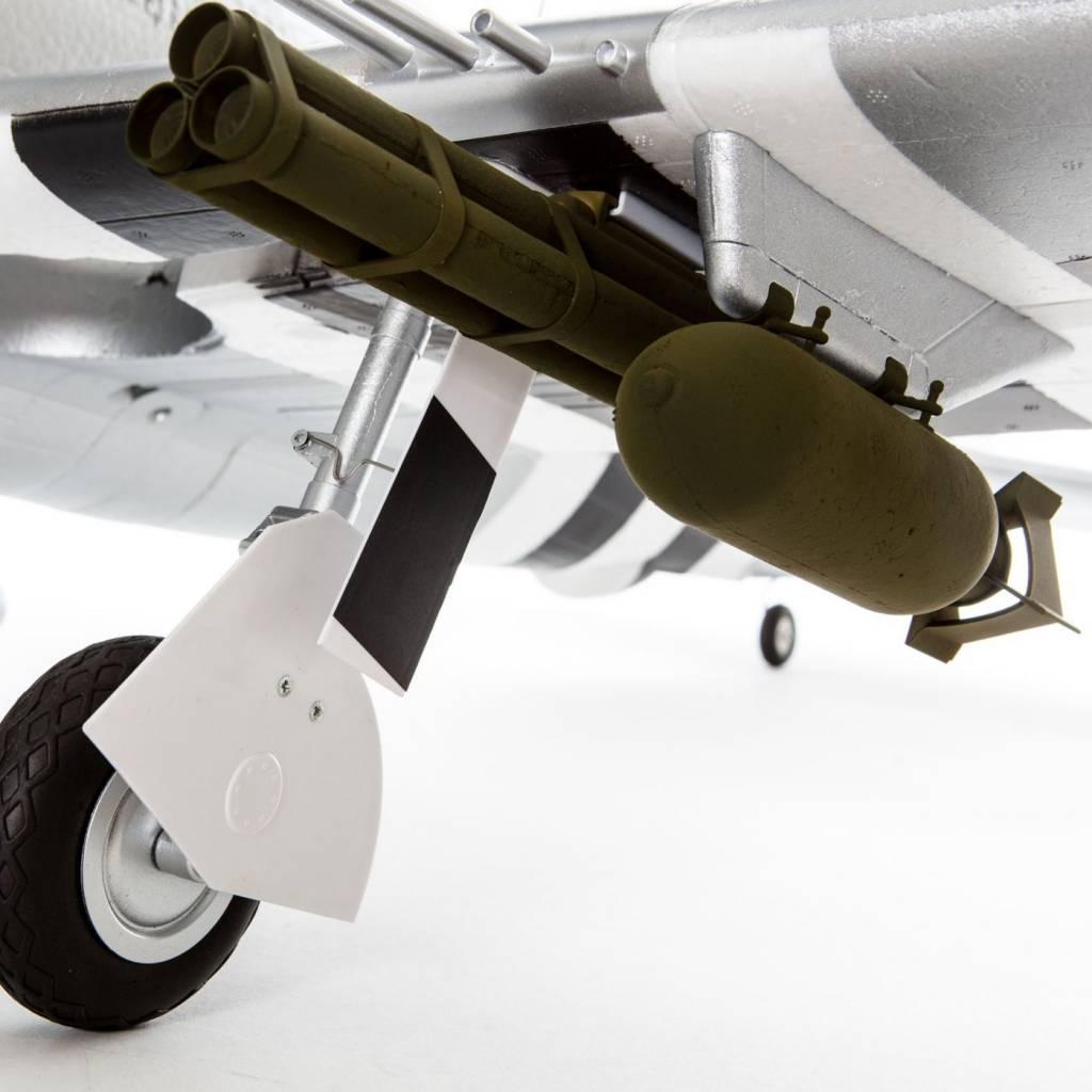 E-flite EFL8450 P-47 1.2m BNF Basic
