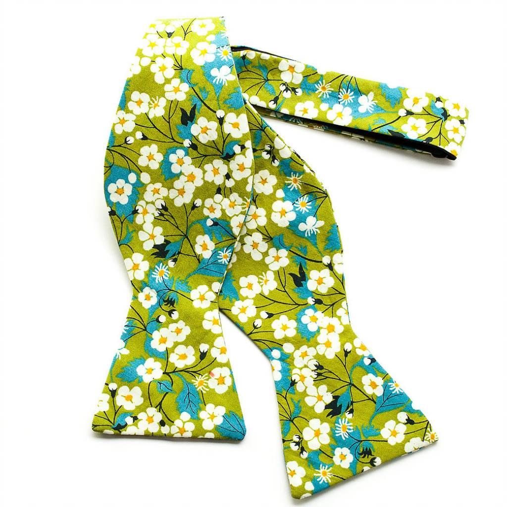 Trumbull Rhodes Bow Tie Arundel