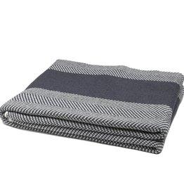 In2Green Blanket Herringbone smoke/milk