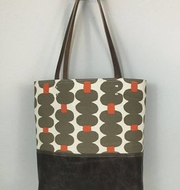 Redstaggerwing Urban Tote in Cocoa and Orange Print