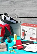 Pippablue Mr. Brook Sewing Kit