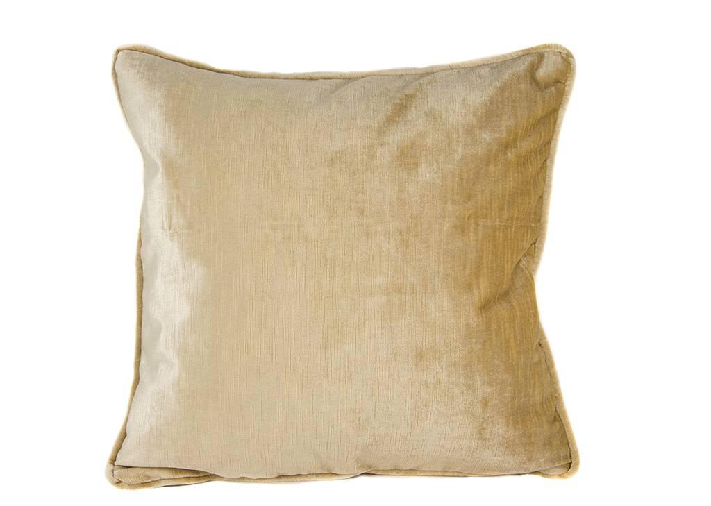 """Kreatelier Square Pillow 18""""x18"""" Velvet Caramelo"""