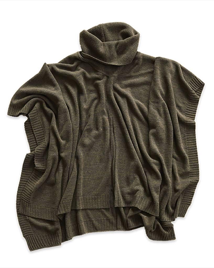 Mer Sea Turtleneck Poncho Travel Sweater OS Moss