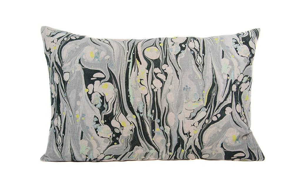 Kreatelier Marbled Linen Pillow