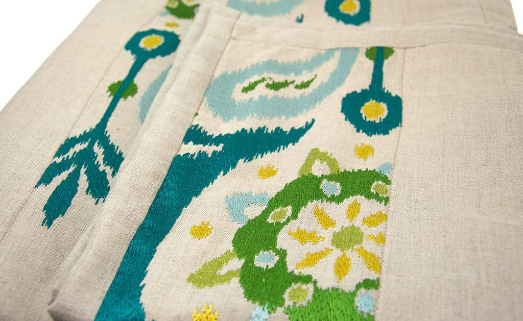 Kreatelier Throw Quilt Teal Embroidered