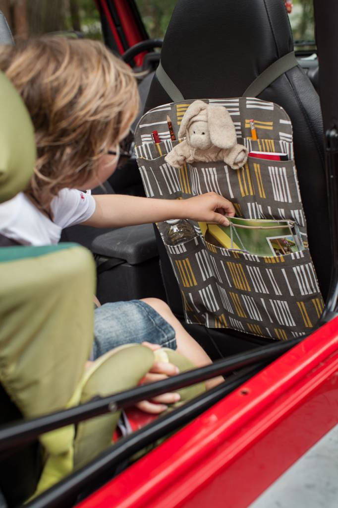 Kreatelier Car Seat Organizer Turquoise Circles