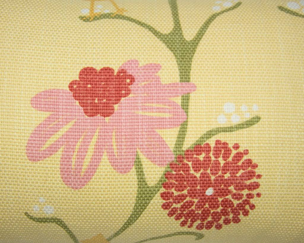 Kreatelier Nature Pillow in Yellow - 11 x 21in