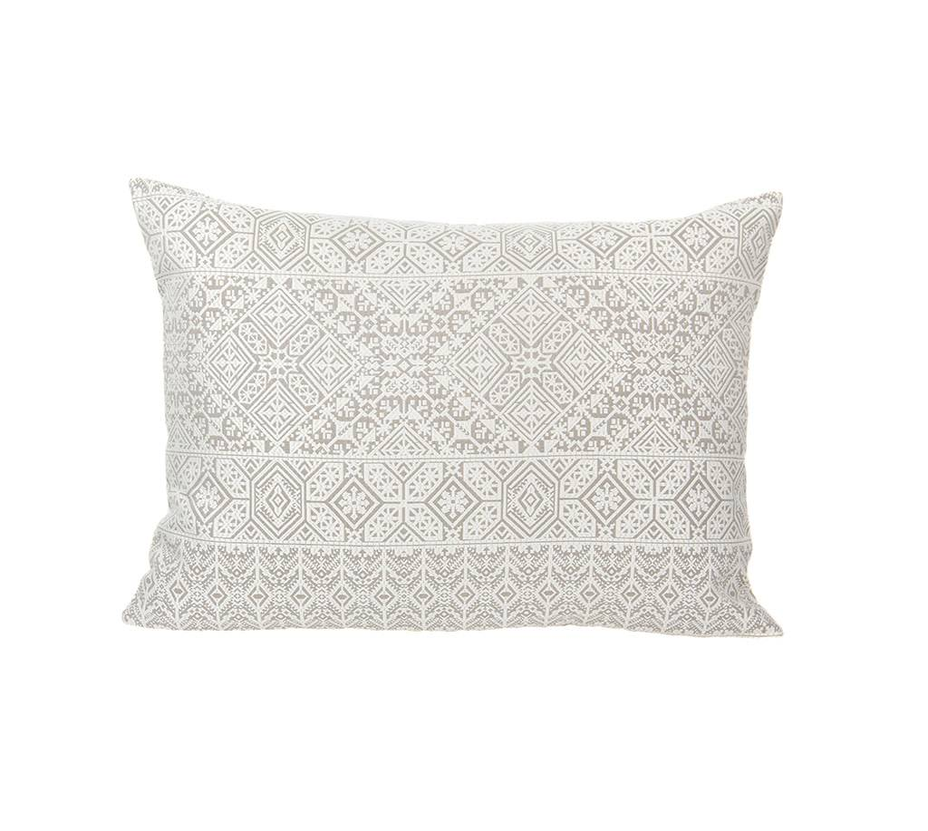 Kreatelier Mirage Pillow in Silver - 15 x 22in