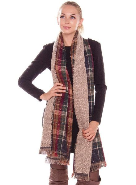 Plaid Oblong Scarf in Navy