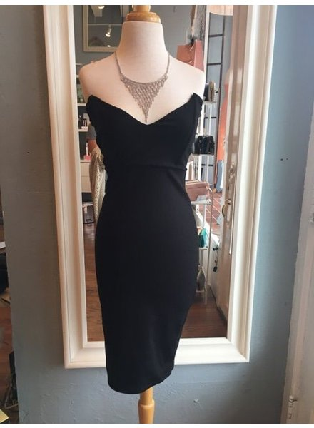 Genuine Strapless V Neck Dress
