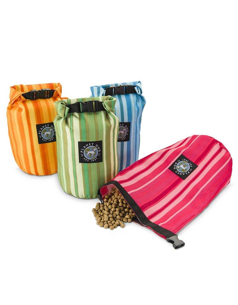 Planet Dog Weekender Feed Bag