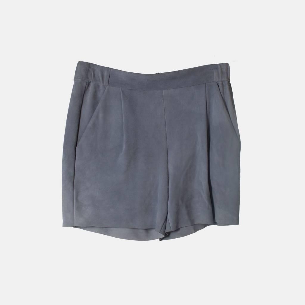 NISSE Hebdo Suede Shorts
