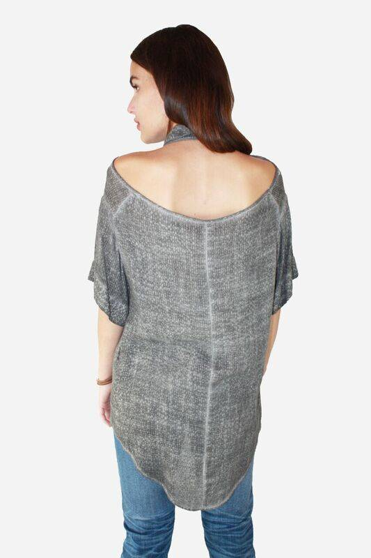 AMADI Lila Open Back Shirt