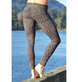 MahaDevi Indira Tights w/Leopard Print (Deep Cherry Red) XL