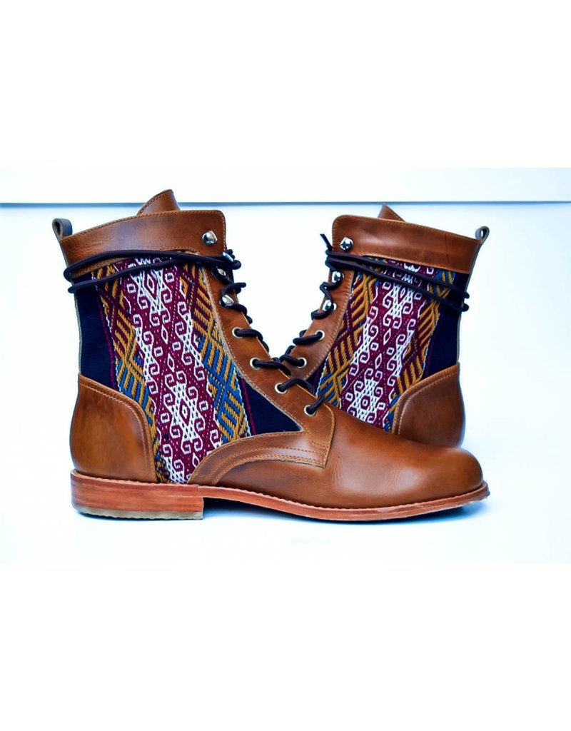 Rock Pillar Trestle Boots