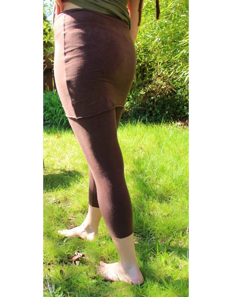 Belle Weather Skirted Capri Leggings