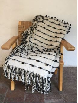 Mexchic Puff Collection Blanket Black and Cream Queen Size