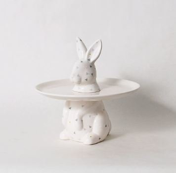 """MENAGERIE COLLECTION RABBIT CAKE PLATE 7.5"""" x 7.5"""" x 7.25"""""""
