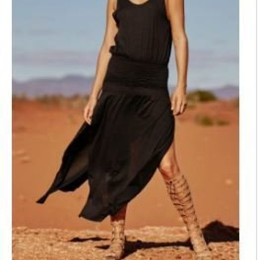 Sydny Effortless Dress AUG1607 Size 6