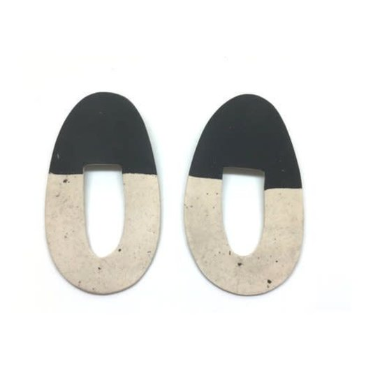 hello zephyr Black Sands Earrings