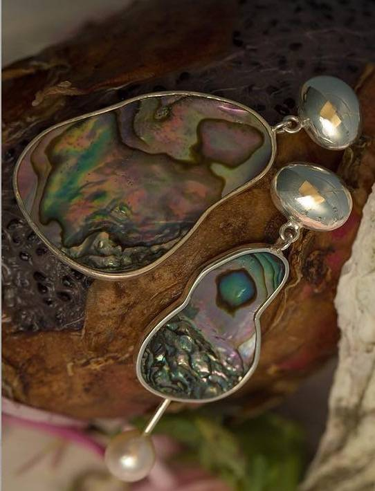 gala is love Supernova Earrings Abalone