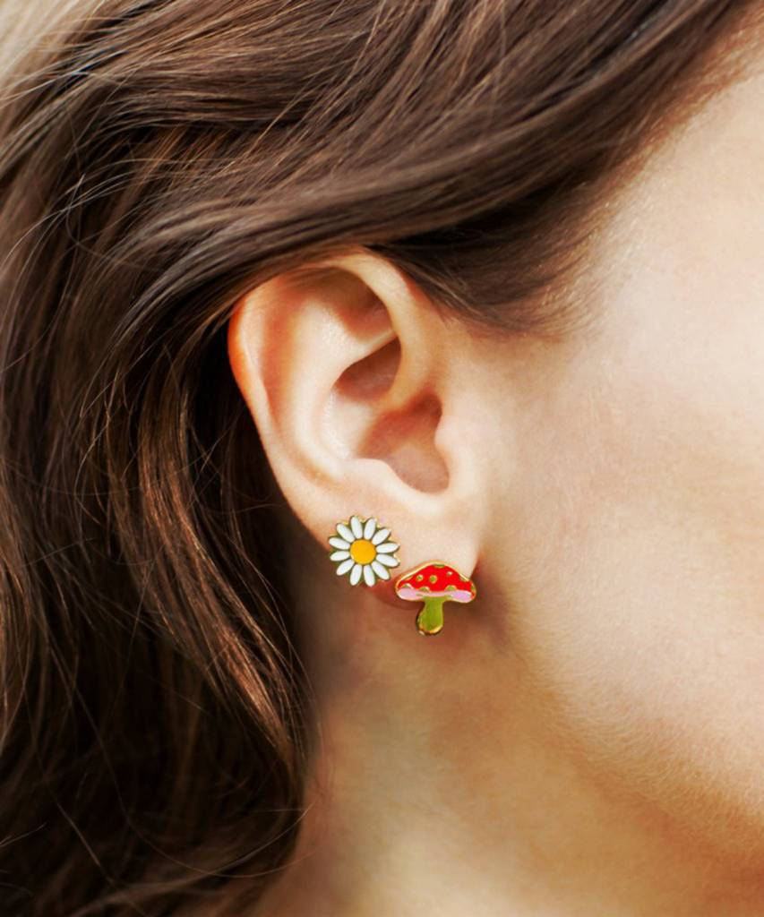 Georgia Perry Daisy Studs