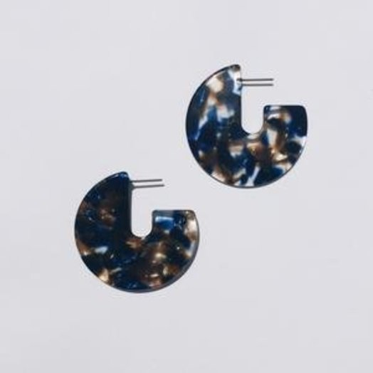 Sundara Mar Kat Earrings in Pacific
