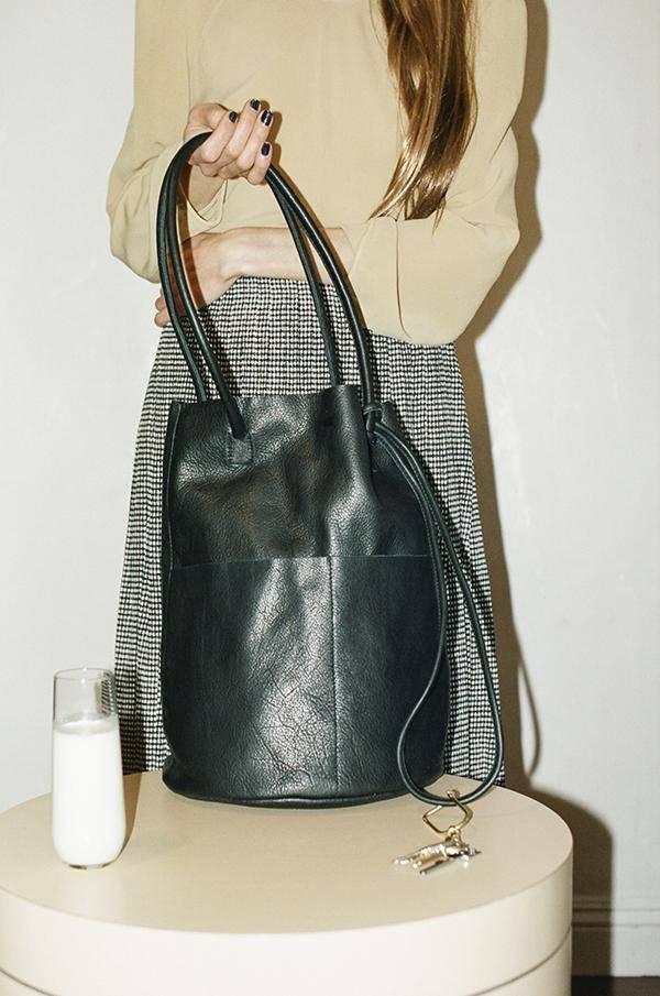 Are Studio Barrel Bag in Onyx